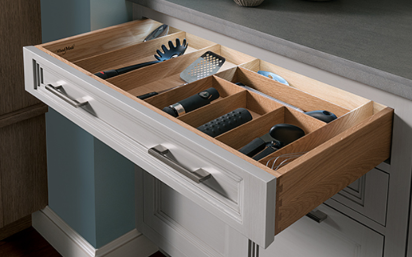 Custom drawer dividers